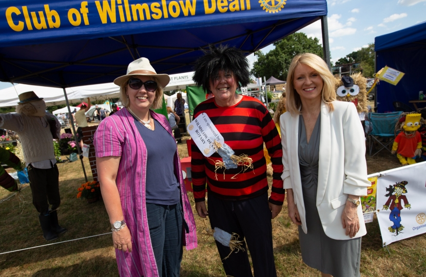 Judging the Wilmslow Scarecrow Competition